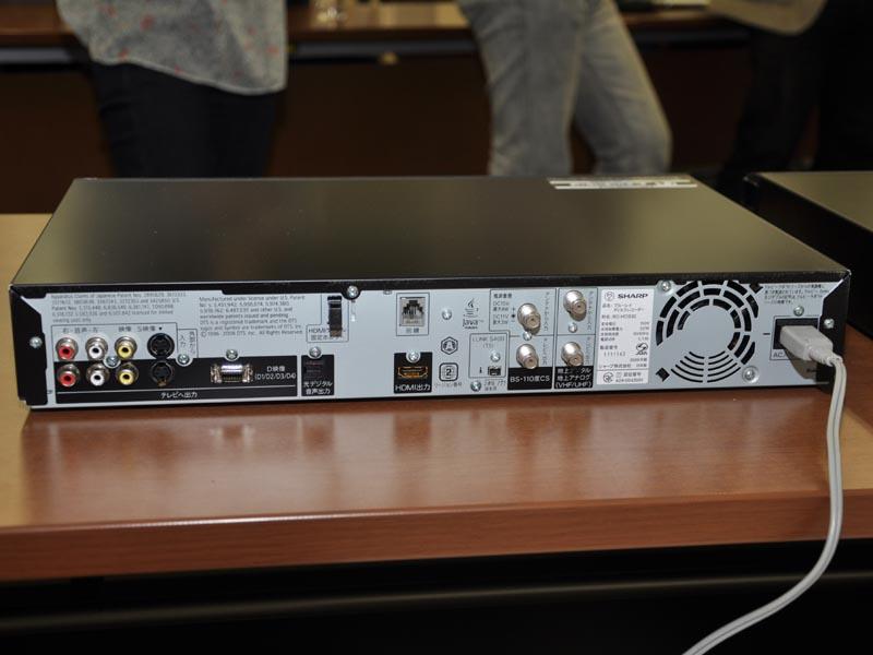 BD-HDS32の背面