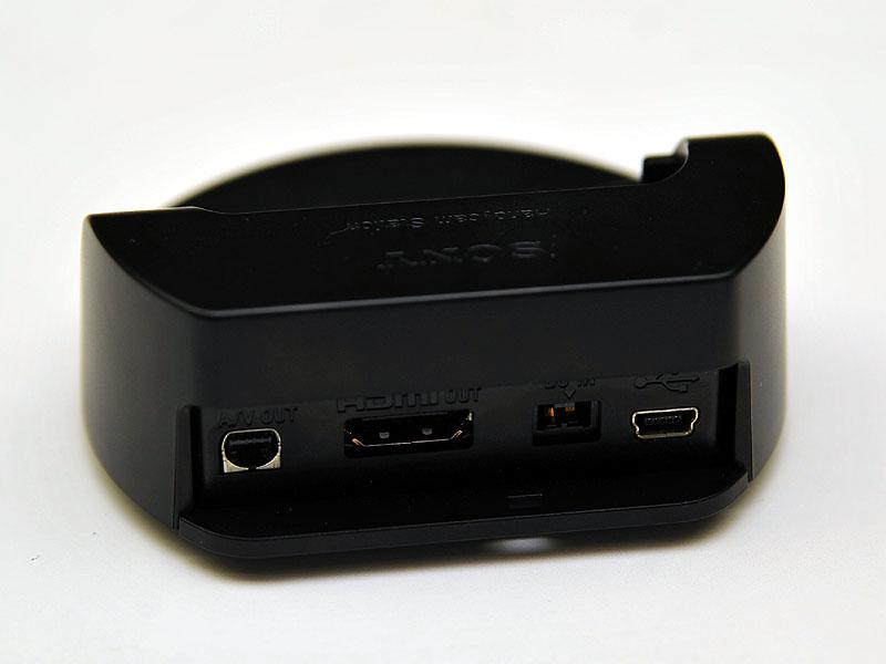 背面。HDMI出力も備えている