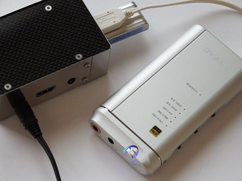 筆者のRoon Bridgeは、クリプトンの試作ケースをまとったRaspberry Pi 3(OSはVolumio 2 RC2)にUSB DACのHA-P5を接続したもの
