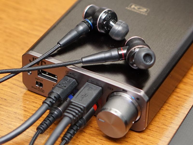 3.5mmミニ×2のバランス接続に対応した