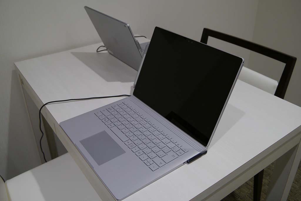 Surface Bookも貸し出しも行なう