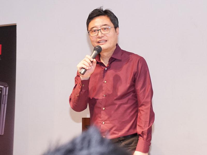 James Lee CEO