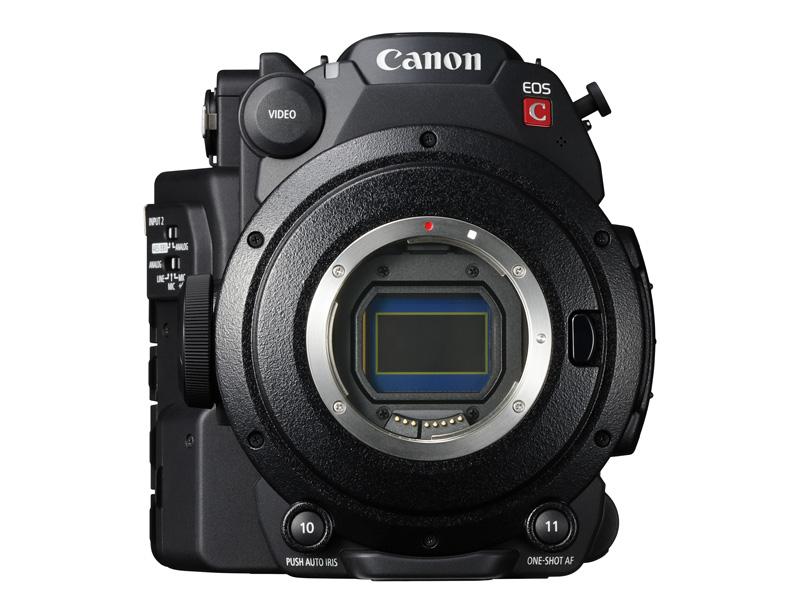 撮像素子は、単板式のスーパー35mmサイズ