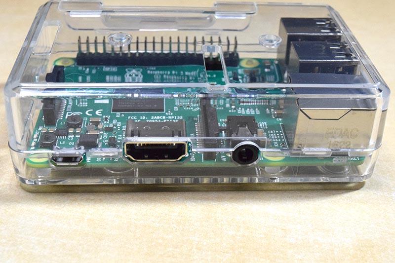 USBなどの端子部