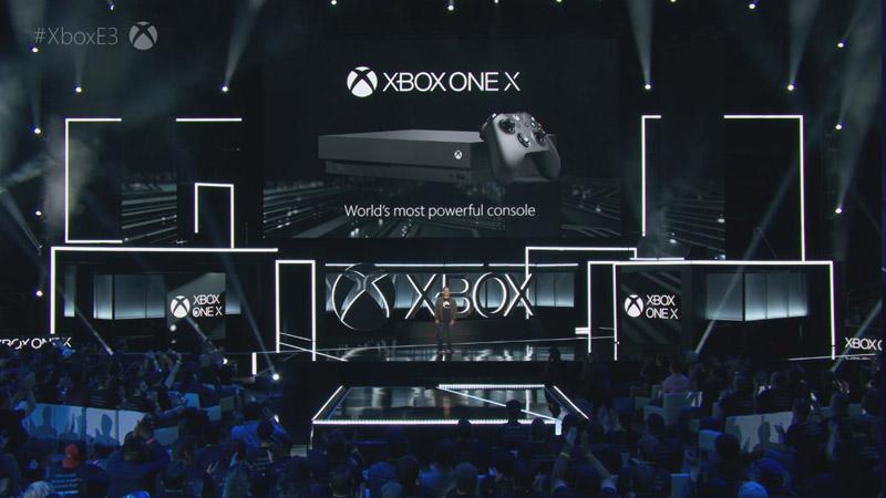 名称はXbox One Xとなった