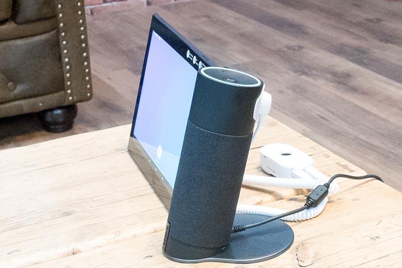 家庭内のIoT機器などの操作も可能