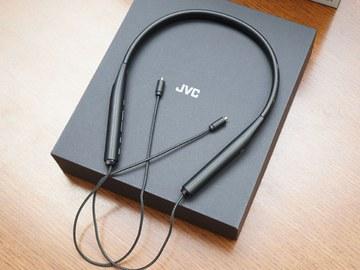"""JVC、""""K2""""でBluetoothの音をハイレゾ相当に変換できるMMCX端子搭載レシーバ ネックバンド型Bluetoothレシーバ「SU-ARX01BT」"""