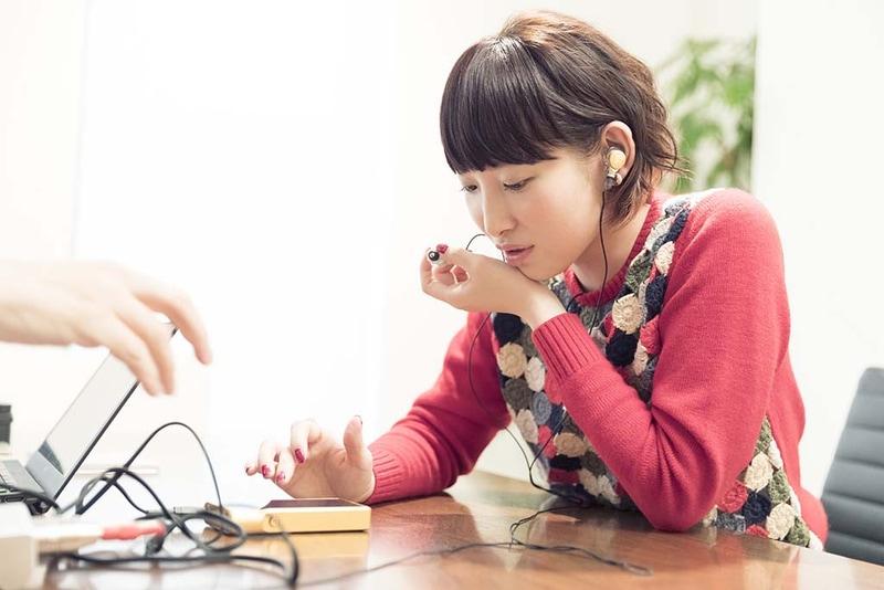 南條愛乃さんによる音質調整の模様