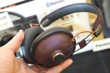 レトロなデザイン、音質進化のパナソニック新HTX。JBL初の完全ワイヤレスなど RP-HTX80B(バーガンディレッド)