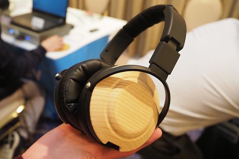 新ヘッドフォンを開発する意向を表明