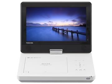東芝、3段階ズームで見たい場面を拡大できる10.1型ポータブルDVD SD-P1010S