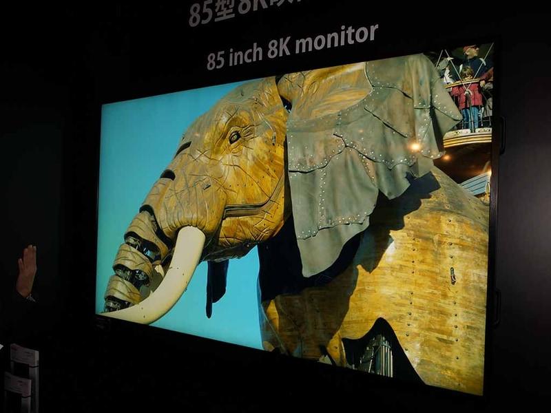 85型8Kモニター「LV-85001」