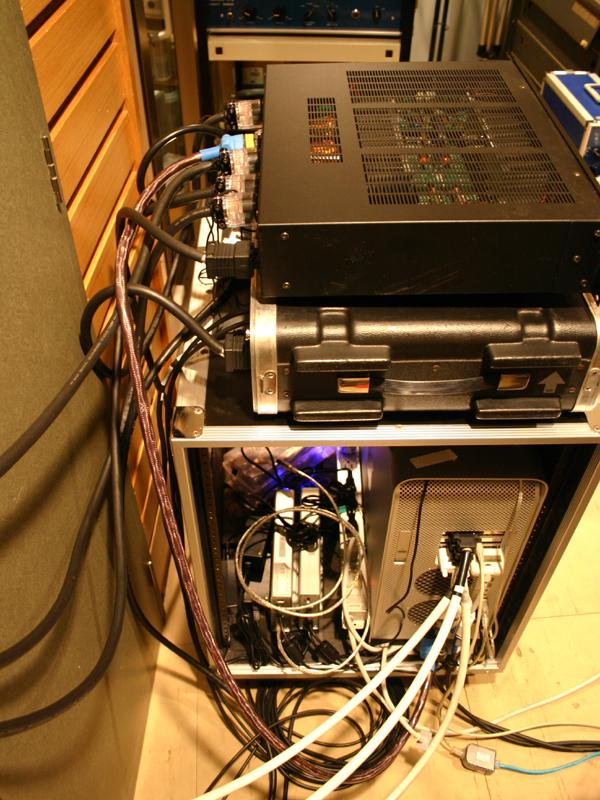 金井氏が開発・設計を行なったFine Focus Cable
