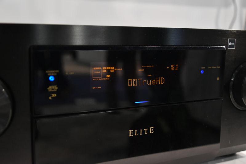 「Dolby TrueHD」のロゴ表示は、7.1chのフルバンドサウンドストリームをeARCによって伝送できていることの証