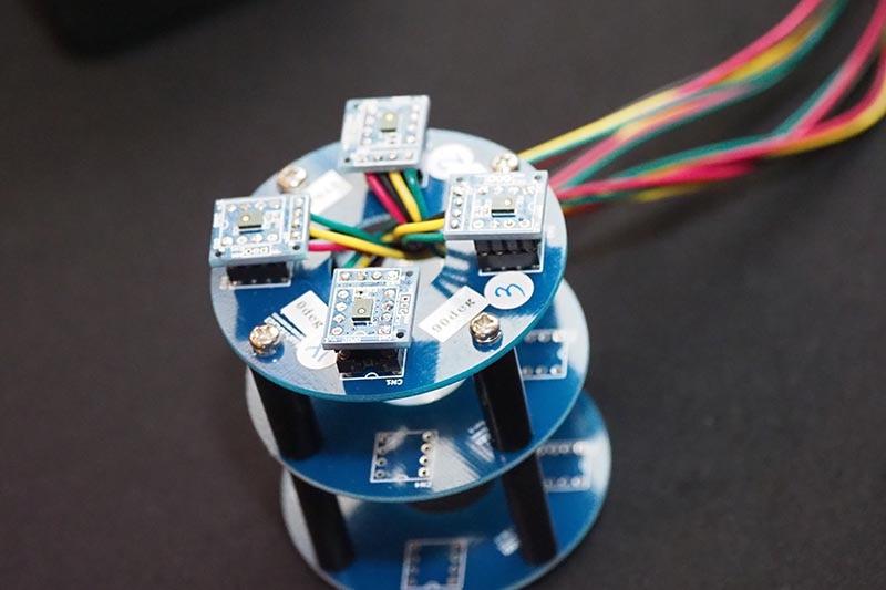 スマートスピーカーなどを想定した4ch ADCを装備