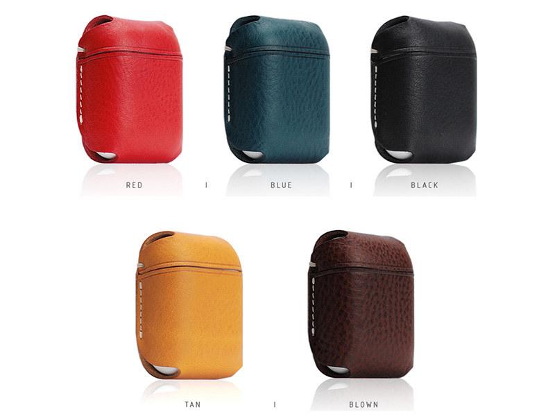レッド、ブルー、ブラック、タン、ブラウンの5色展開