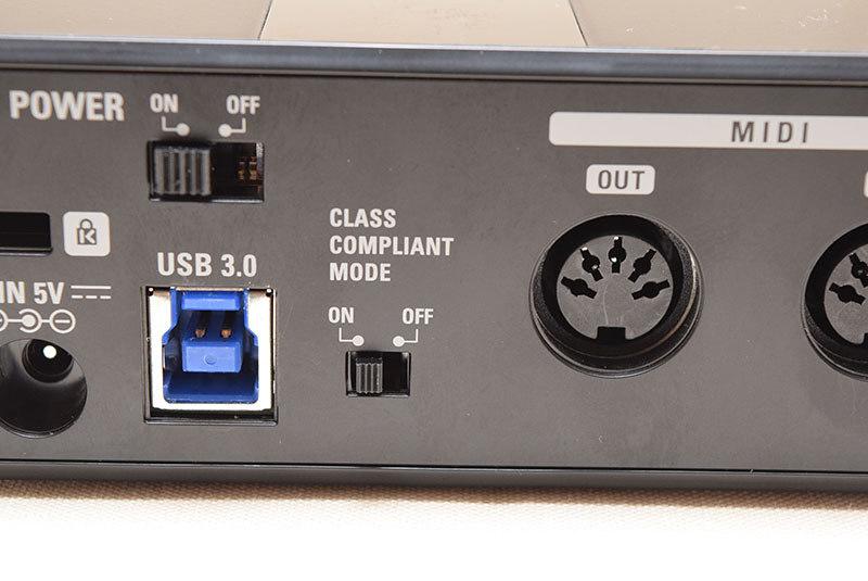 UAC-2、UAC-8の背面クラスコンプライアントモード切り替えスイッチオフでBulk転送になる