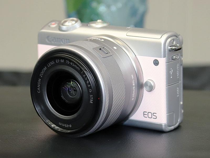 EOS M100 リミテッドピンクキット