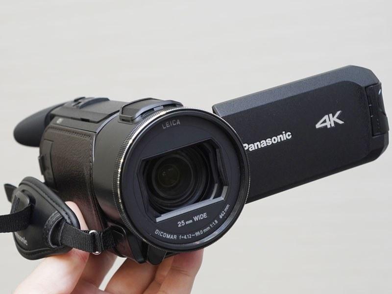 EVF、ワイプ撮り用サブカメラ搭載の「HC-WXF1M」