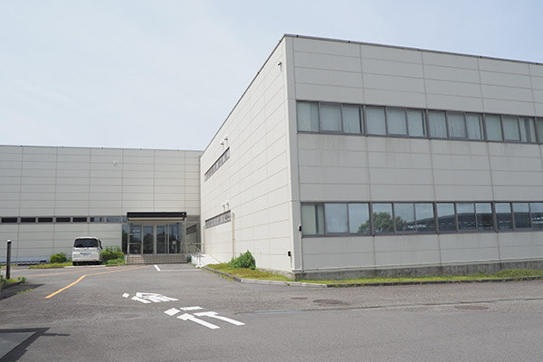 レコード生産を行なっているソニーDADCジャパン 大井川工場