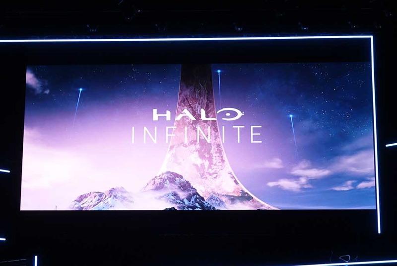 ヒットゲーム「HALO」の新作「HALO INFINITE」が登場。主人公のマスター・チーフの姿が見えた瞬間に、会場は大盛り上がり