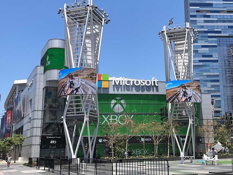 今年のE3では、マイクロソフトはE3メイン会場を飛び出し、発表会を行ったMicrosoft Theaterで展示・試遊を行なう