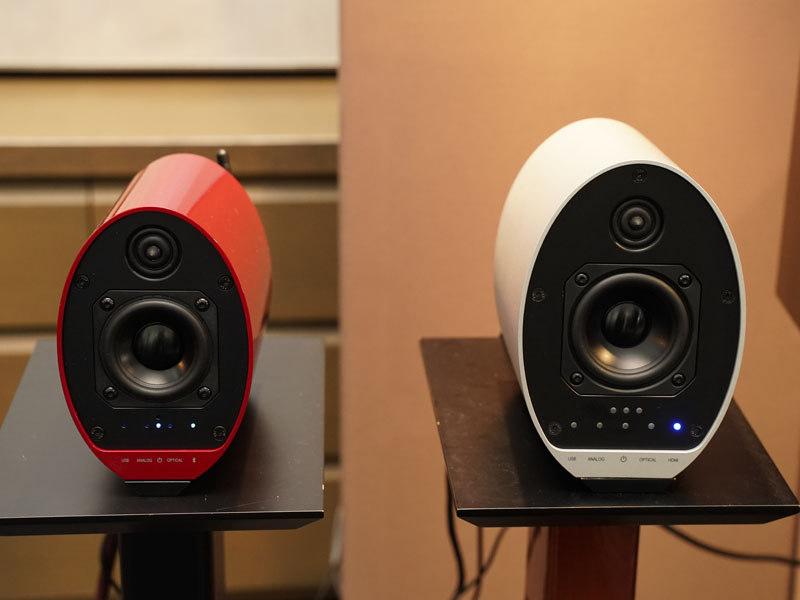 左がKS-55、右は同日発表の新製品KS-9Multi+