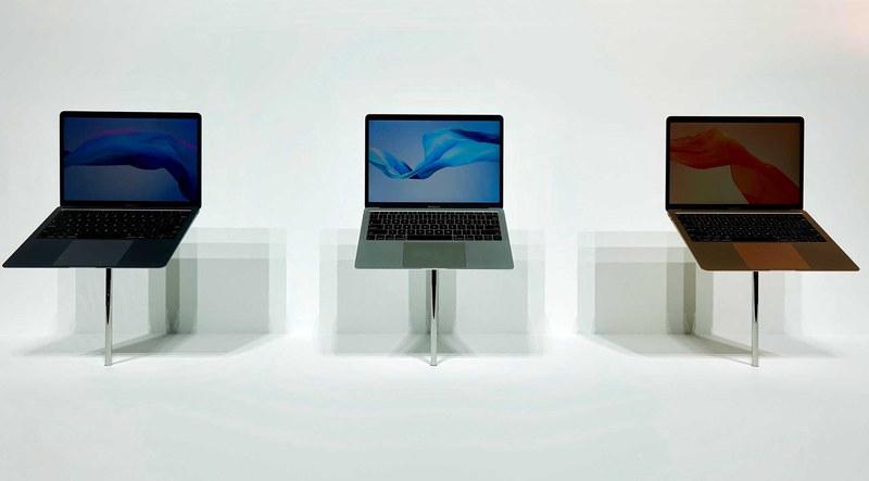 MacBook Airはスペースグレー・シルバー・ゴールドの三色に