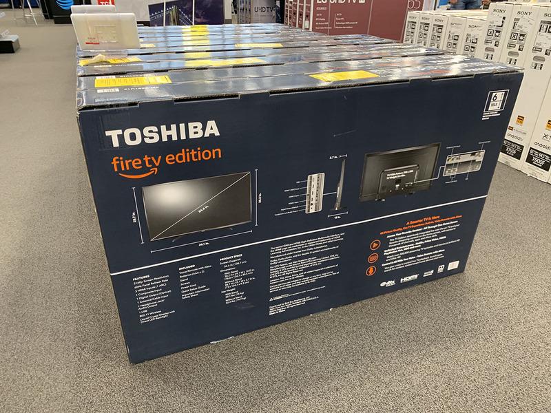 Compal製のアメリカ向け「TOSHIBA」ブランドのテレビ。しかもAmazonとのダブルブランドだ。正直、品質についての評判は芳しくない