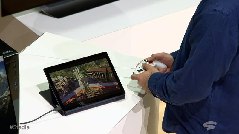 スマートフォンやタブレットでもプレイ可能