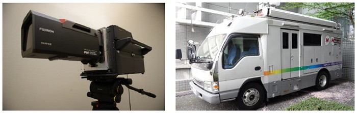 8K/120Hz対応のカメラ(左)と中継車(右)