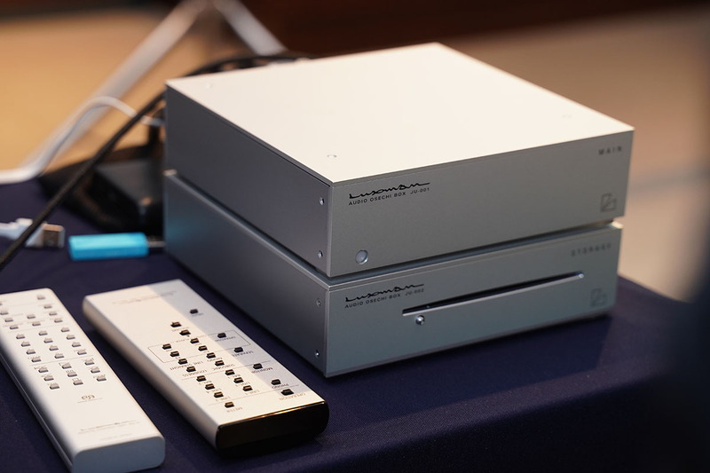 上が「OSECHI BOX」の「MAIN」で、Raspberry Piを使ったネットワークプレーヤー。下は「STORAGE」