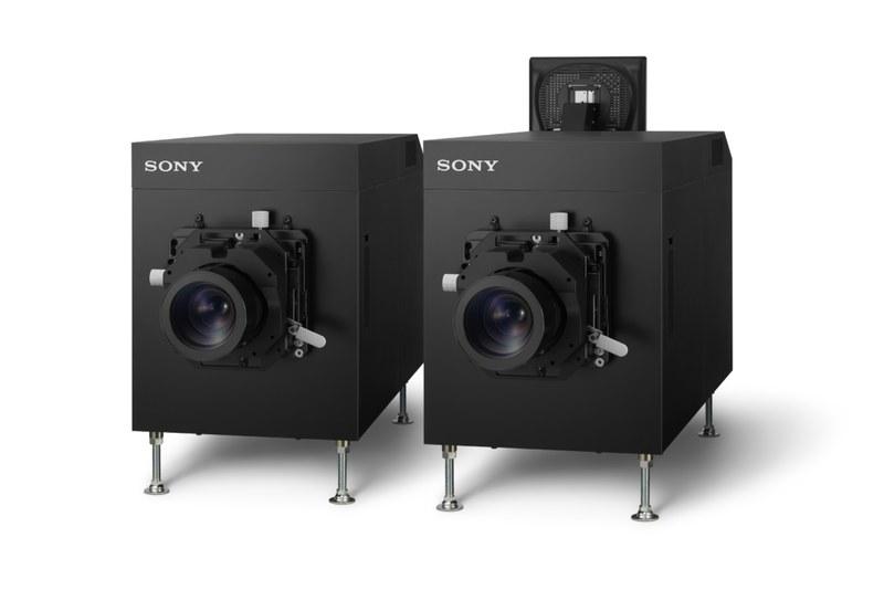 ソニーデジタルシネマで使われている4Kプロジェクター「SRX-R815DS」