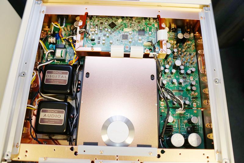 DCD-SX1 LIMITEDの内部