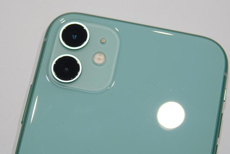 iPhone 11カメラ部