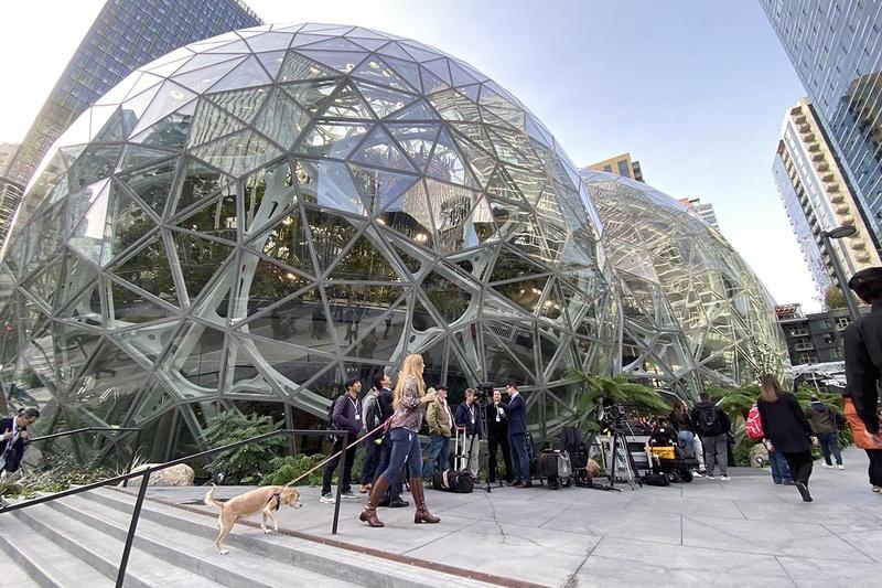 発表会場となった、Amazon本社隣にある同社設備のThe Spheres