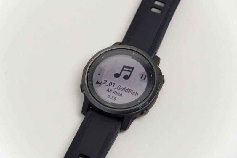 fēnix 6Sは当然のことながら音楽再生機能を備えている
