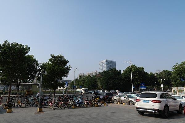 HiByが入居するビルから東莞市街を見渡す。深圳ほどではないが、ここも開発が進行中