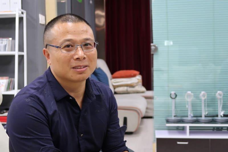 エンジニアの陳新得氏。実は中国拳法の達人