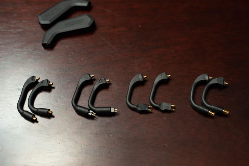 左からMMCXタイプ「ET-TM2MMCX」、カスタムIEM 2pinタイプ「ET-TM2C2P」、FitEar 2pinタイプ「ET-TM2F2P」、A2DCタイプ「ET-TM2ATC」