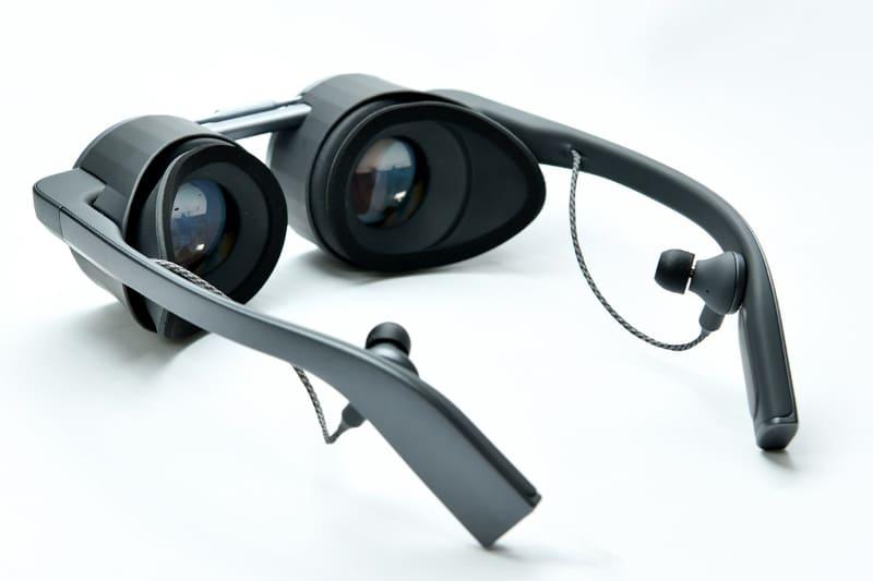 有機ELパネル搭載VRグラス