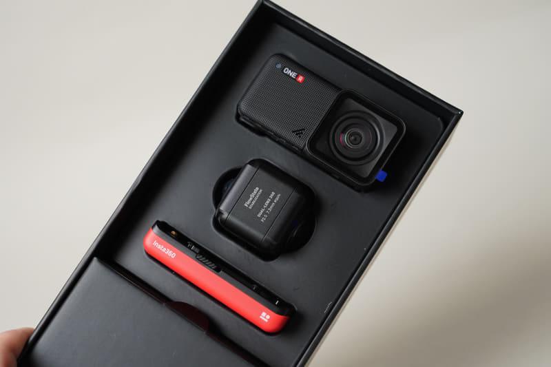 Insta360 One R Twin Edition製品パッケージ