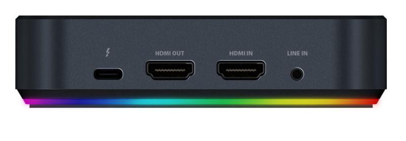 HDMIパススルー出力も備えている