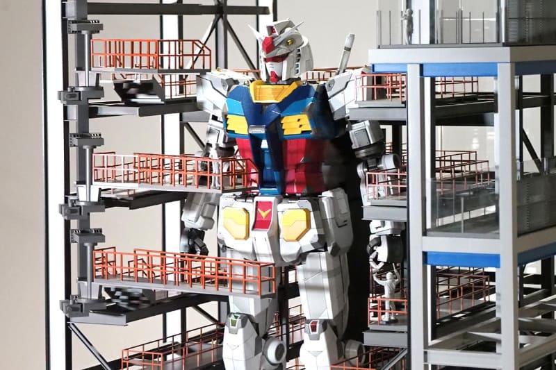 「GUNDAM FACTORY YOKOHAMA」に設置される実物大ガンダムをイメージした1/30模型<br>(C)創通・サンライズ