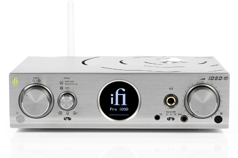 バランス端子の2.5mm 4極を、4.4mm 5極に変更した「Pro iDSD 4.4」