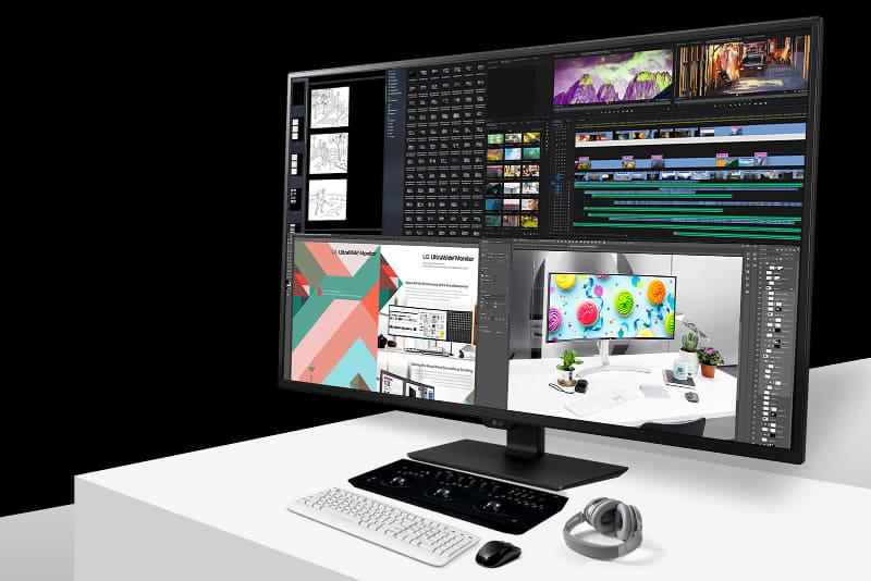 4画面を同時に表示できる4Kディスプレイ「LG 43UN700-B」