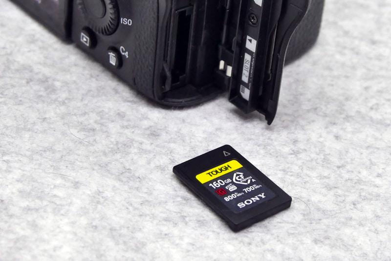 α7S IIIと同時発売されたソニー製CFexpress Type Aカード