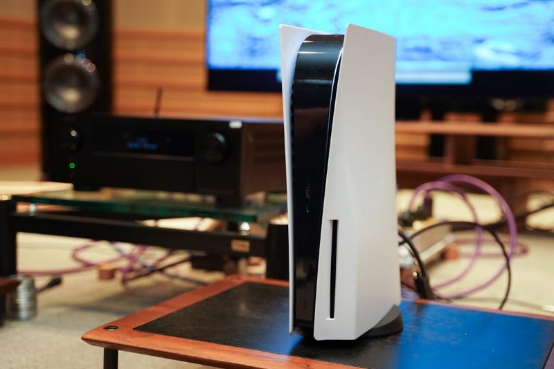 UHD BDドライブを備えたPlayStation 5