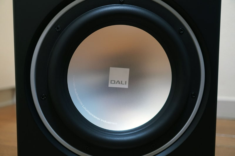 ユニット中央にはDALIの新ロゴ