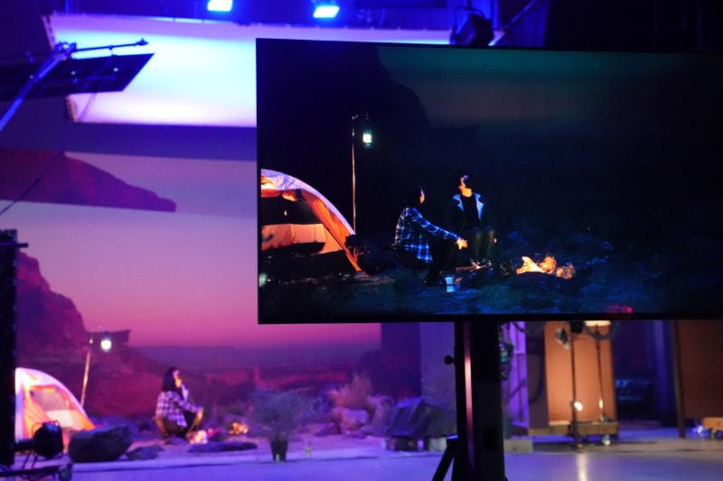 背景は3DCG映像なので、昼から夜へど急速に変化していくタイムラプスのような映像も撮影できる